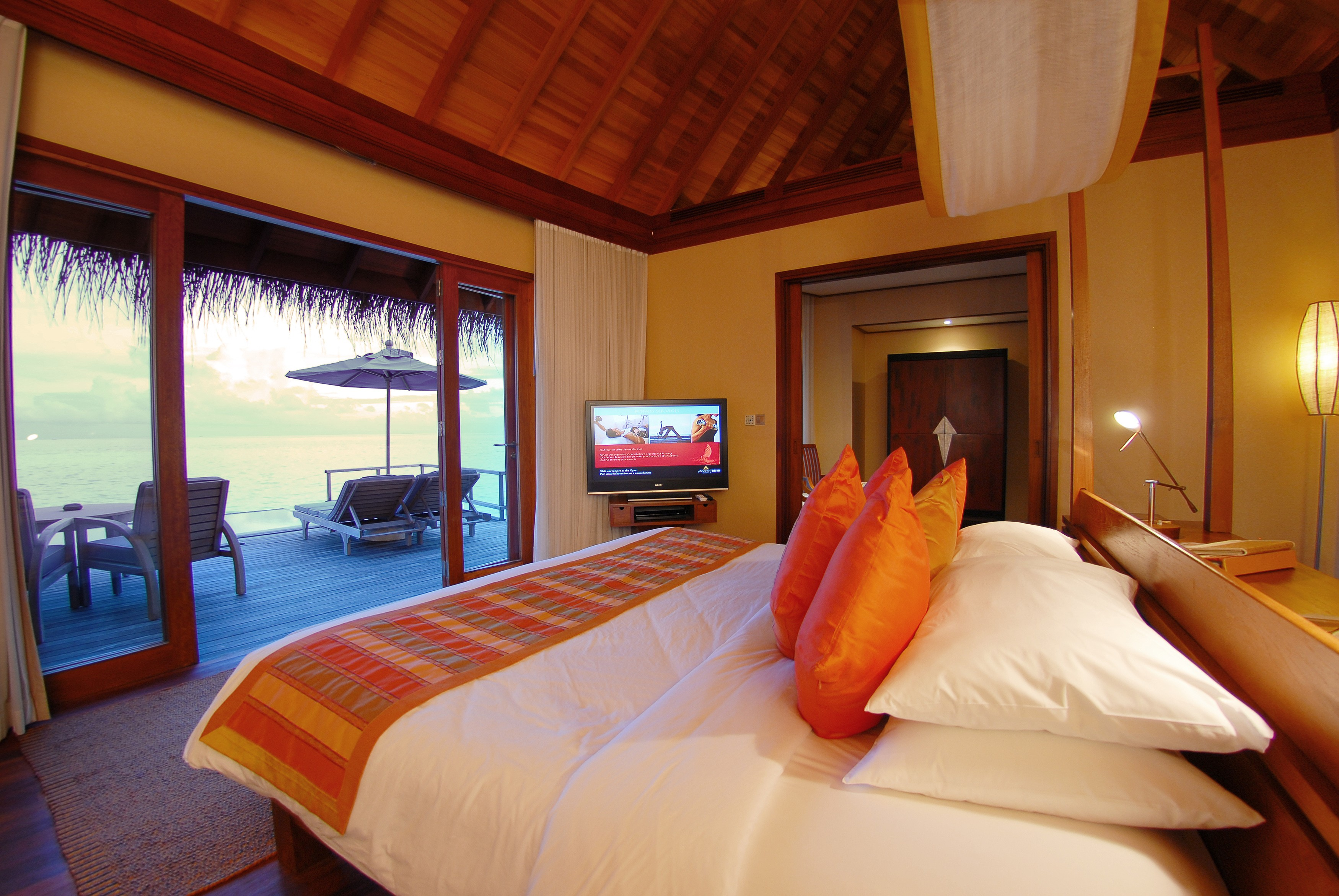 Anantara Dhigu Resort & Spa :: Island Holidays Maldives